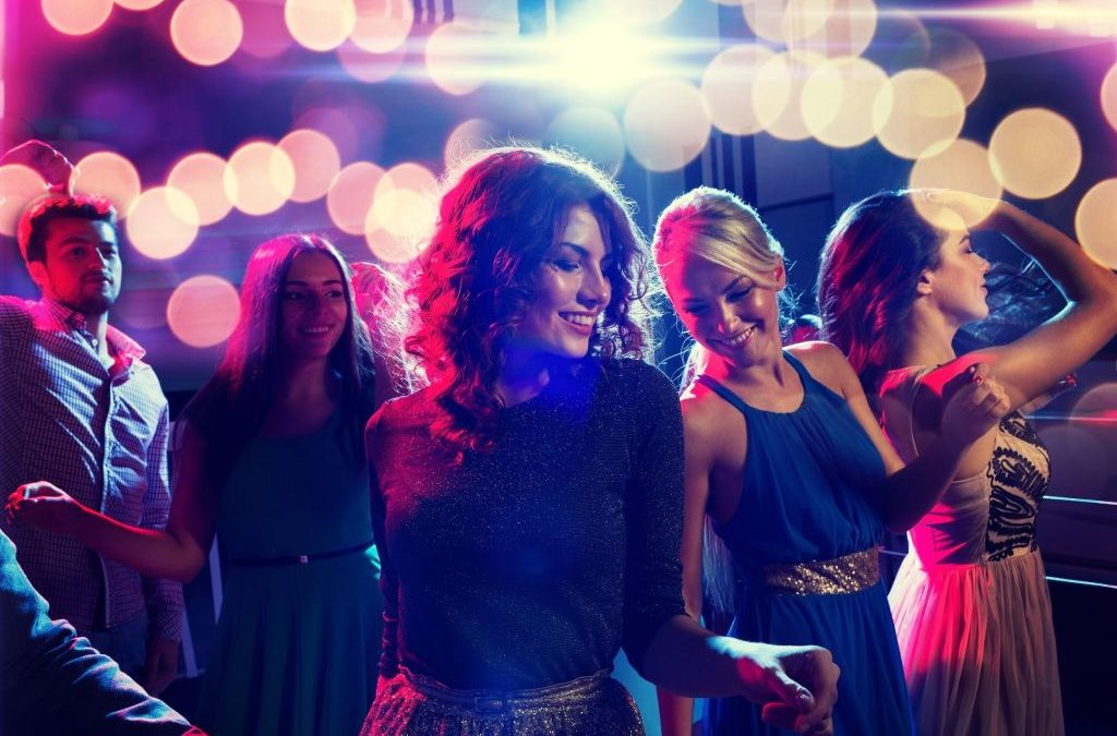 Party-Night Beauty Woes Most Women Have
