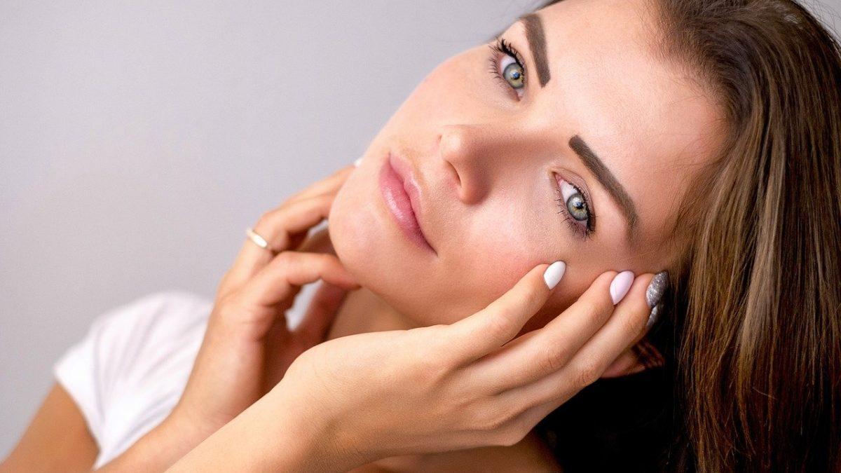9 Surprising Causes Of Dry Skin