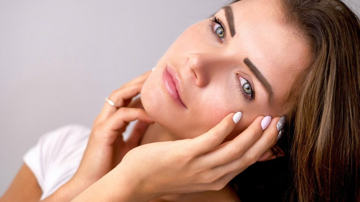 How to Prevent Wrinkles: Top 6 Tips to Limit Skin Aging