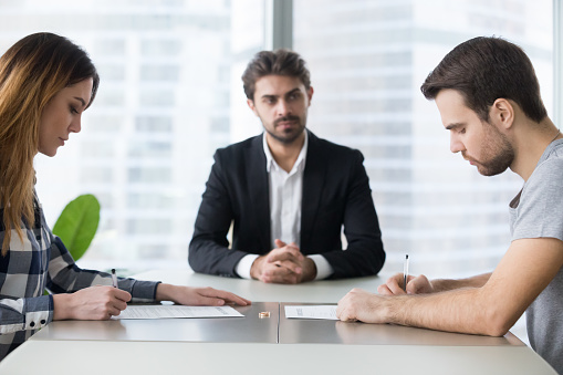 How to Choose the Best Family Law Attorney ?