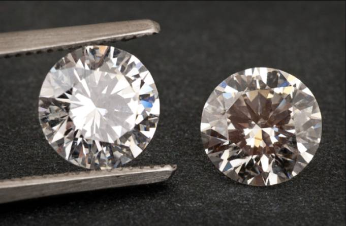 Lab-Grown Vs Natural Diamonds: What Should You Buy?